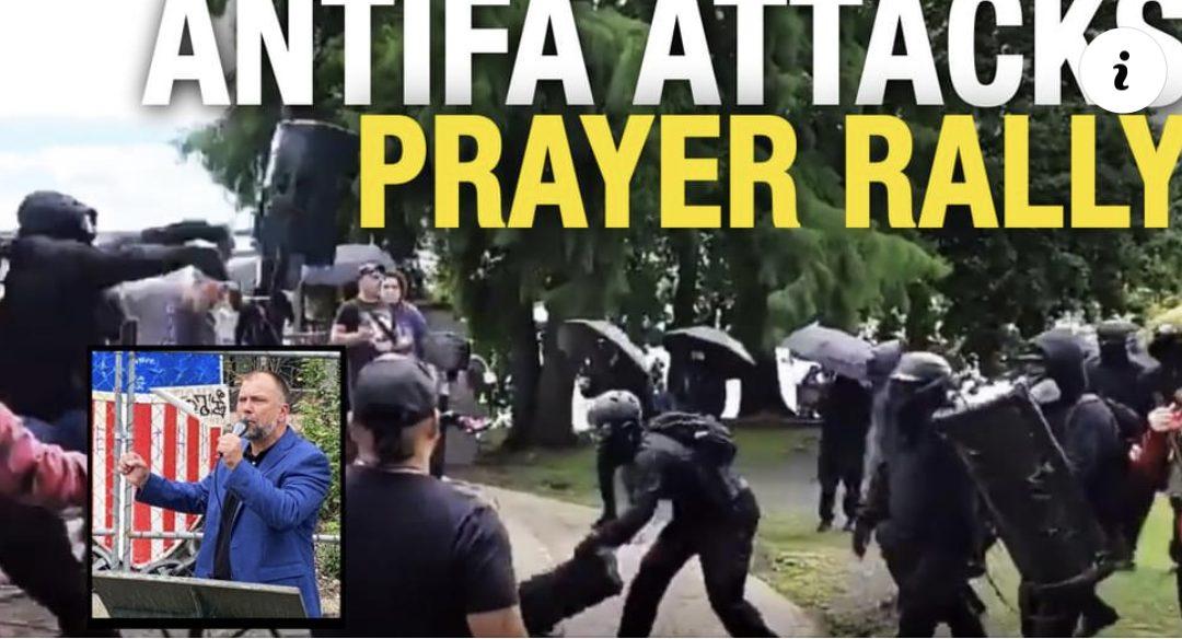 Antifa ATTACKS Pastor Artur Pawlowski's prayer rally in Portland0 (0)
